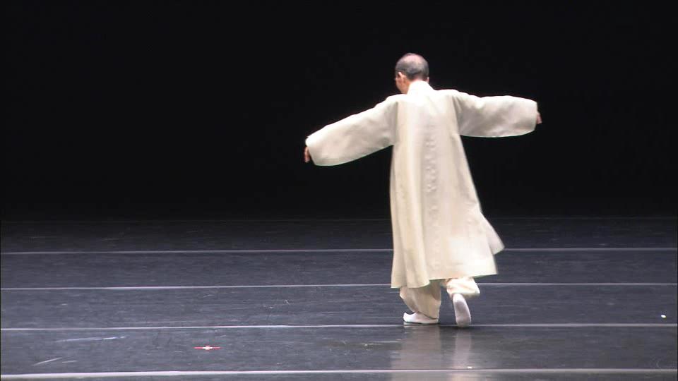 춤추는 처용아비 '문장원'