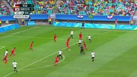 남자 축구 독일전! 위험한 순간 이미지