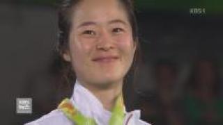'맏언니' 오혜리, 세계 1위 꺾고 금메달 획득