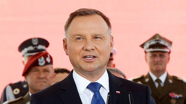 """폴란드 대통령, 코로나19 확진…""""상태 괜찮아"""""""